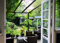 Cosy 2-bedroom house with garden in Amsterdam