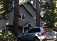Comfy family house! Walk to great hiking or ski Heavenly Valley!