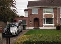 LOOKING FOR NEW YORK - family home in beautiful Dublin suburb
