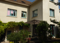 Family home - 20 min from Paris & 10 min from Versailles