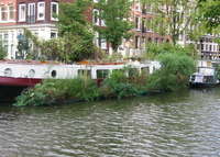 Authentic ship, Quiet and Green Canal in Center of Amsterdam