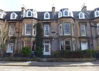 Elegant central Edinburgh apartment within World Heritage Area.