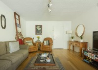Chic 2 bedroom apt, 15 minutes to Santa Monica Beach