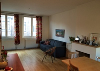 Spacious townhouse in neighborhood  'Jordaan' with canalview.