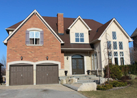 Greater Toronto Area - Family home backing onto Trans Canada Trail!