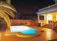Luxury Individual Villa,Very Private Pool/Gardens,Gated secure parking