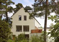 Large, modern house with swimmingpool, close to beautiful Stockholm