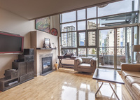 Penthouse  Stylish Downtown 2 Bdrm 3 Bath