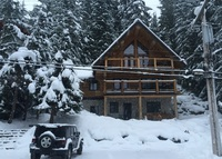 Luxury log home on Alta Lake, a short walk to the heart of Whistler